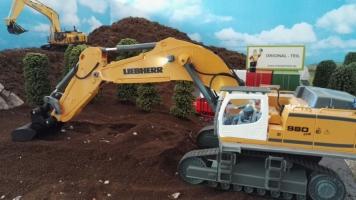 Fahrer Figur Einbau für den Siku Liebherr Bagger 6740  Baustelle