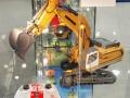 Siku Control 32 Raupenbagger Liebherr R980 Nürnberger Spielwarenmesse 2017 in Vitrine