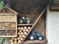 Siku Insektenhotel New Holland T8390 Deutz Fahr Agrotron 7230