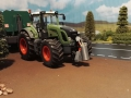 Siku Control Traktor mit Werkzeugfass