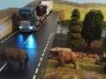 Wildschwein rennt vor LKW