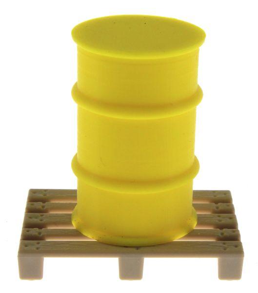 Treckerheld Fass auf Palette Gelb