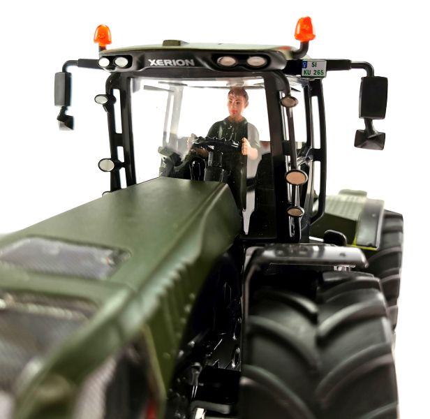 Siku Claas Xerion 5000 Traktor  Nato-Oliv-Grün Fahrer