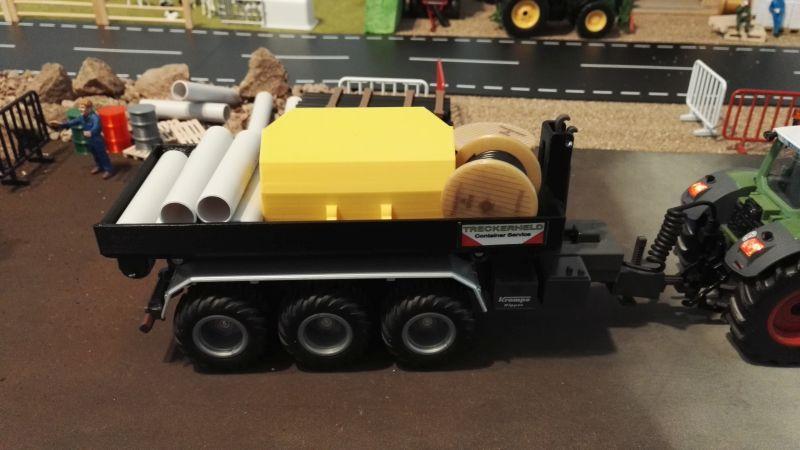 Mulden Container und Zubehör für Siku Hakenlift 6786 - Beladen mit Schaufel