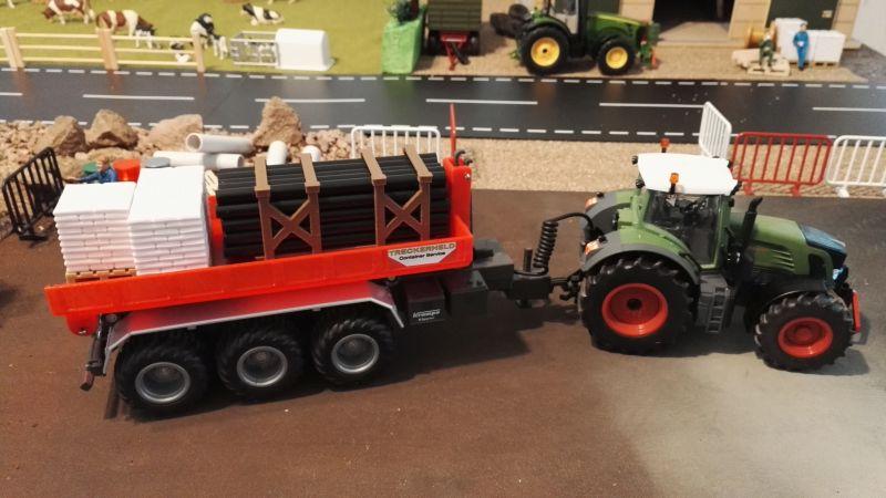 Mulden Container und Zubehör für Siku Hakenlift 6786 - Rote Mulde beladen