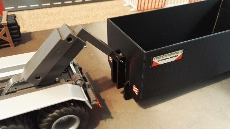 Mulden Container und Zubehör für Siku Hakenlift 6786 - Hoch Container Schwarz Aufnahme