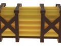 Treckerheld Palette mit Rohren Gelb