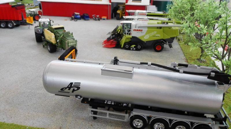 Traktorado 2014 in Husum - Fasswagen in silber