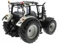 Universal Hobbies 2931 - Valtra N 142 Cow Edition mit Kuhflecken hinten rechts