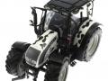 Universal Hobbies 2931 - Valtra N 142 Cow Edition mit Kuhflecken oben vorne links
