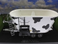 Universal Hobbies 4182 - Peecon Biga Limited Cow Edition Kuhflecken Diorama