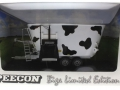 Universal Hobbies 4182 - Peecon Biga Limited Cow Edition Kuhflecken Karton vorne