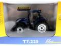 Universal Hobbies 4900 - New Holland T7225 Blue Power Karton vorne