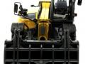 Universal Hobbies 8063 - Kramer Allrad Teleskoplader mit Greifzange 4507 vorne