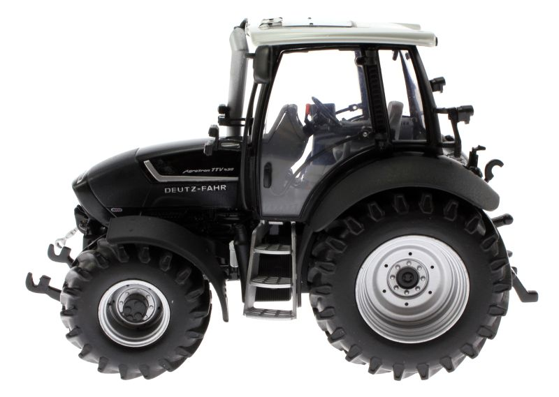 Universal Hobbies 4256 - Deutz-Fahr Agrotron TTV 430 Black Edition links