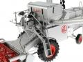 Universal Hobbies 2615 - Claas Matador Gigant Mähdrescher Sitz links