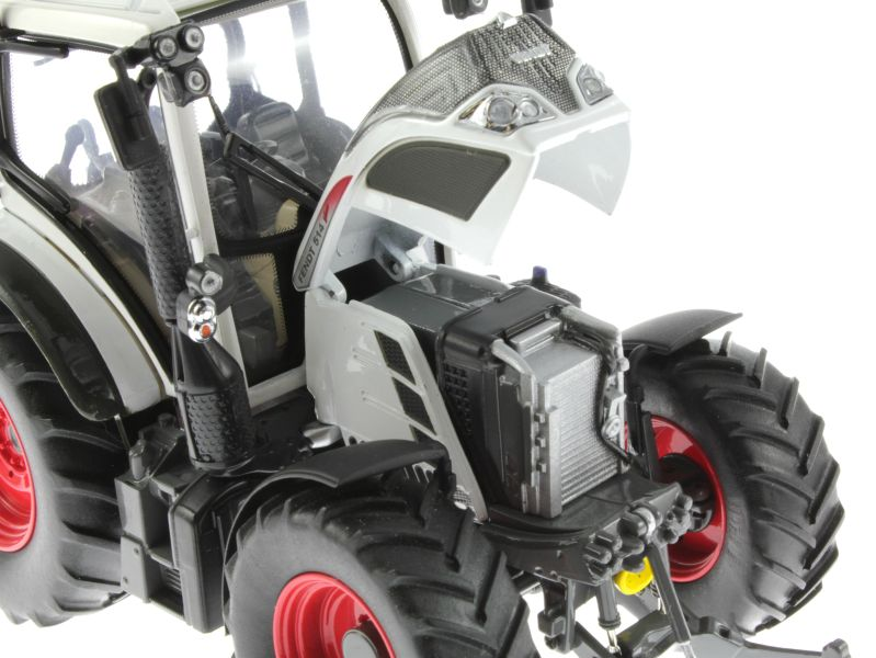 Universal Hobbies 4937 - Fendt 514 Vario White Edition Motor rechts