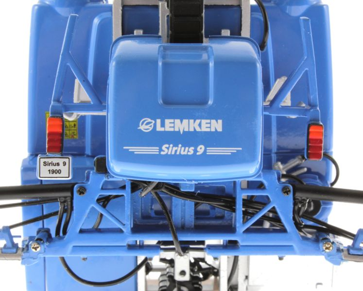 Universal Hobbies 5014 - Lemken Mounted Field Sprayer Sirius 9 Logo