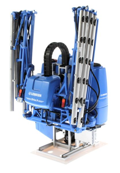 Universal Hobbies 5014 - Lemken Mounted Field Sprayer Sirius 9 vorne links