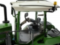 USK Scalemodels 10636 - Fendt 943 Vario MT Fahrersitz