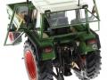 weise-toys 1008 - Fendt Geräteträger 360 GT Türen geöffnet