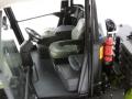 weise-toys 1029 - Claas Xerion 4000 Trac VC Fahrersitz