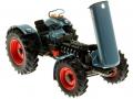 weise-toys 1049 – Eicher Wotan 3018 Motor rechts