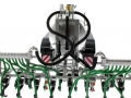 Wiking 077338 - Fliegl Vakuumfasswagen mit Güllegrubber hinten oben