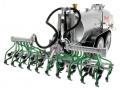 Wiking 077338 - Fliegl Vakuumfasswagen mit Güllegrubber hinten rechts