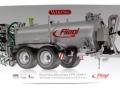 Wiking 077338 - Fliegl Vakuumfasswagen mit Güllegrubber Karton vorne