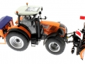 Wiking 71305 und 077389 - Claas Arion 640 Kommunal mit Traktorstreuer Schmidt Traxos FS 12 oben rechts
