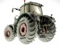 Wiking 7301 - Fendt 936 Vario - Max Wild - Limited Edition unten hinten links