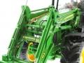 Wiking 7309 - John Deere Traktor 7430 vorne links nah