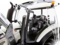 Wiking 7815 - Valtra T174 weiß mit Frontlader Sitz