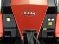 Wiking 7819 - Kuhn LSB 1290 iD Großpackenpresse vorne nah