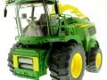Wiking 7832 - Selbsfahrender Feldhäcksler John Deere 8500i mit Gras Pickup ohne Schneidwerk