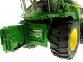Wiking 7832 - Selbsfahrender Feldhäcksler John Deere 8500i mit Gras Pickup Schneidwerk offen