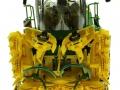 Wiking 7832 - Selbsfahrender Feldhäcksler John Deere 8500i mit Maisgebiss vorne