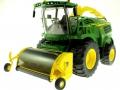 Wiking 7832 - Selbsfahrender Feldhäcksler John Deere 8500i mit Maisaufsatz vorne Links vorne links