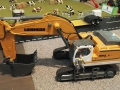 Siku Bagger Fahrer Figur in Liebherr Overall 1:32