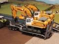 Siku Bagger auf LKW mit Megatrailer Tieflader Verbreiterung an Dolly