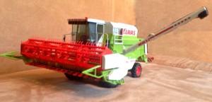 Claas Dominator 108 SL Norev