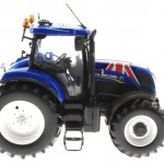 Universal Hobbies 4045 - New Holland T7210 Union Jack Edition - GB Flagge