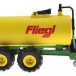 Siku 2252 - Vakuum-Fasswagen Fliegl