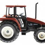 Siku 2653 - Traktor New Holland L75