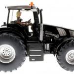 Siku 3273 - New Holland T8.390 - Blackline