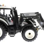 Wiking 7815 - Valtra T174 weiß mit Frontlader